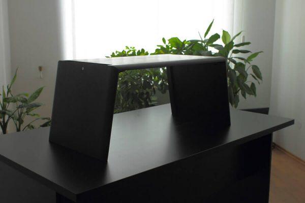 Egyedi emelhető PC/Laptop, fekete nyírfa (normál méret) asztal