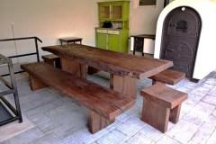 Egyedi rusztikus tömörfa asztal pad kerti asztal (2)