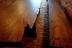 rusztikus-asztal-tömörfa-asztal-öreg-fa-asztal-pad-natur-fa-asztal-uszadékfa-gerenda-asztal-4.jpg51