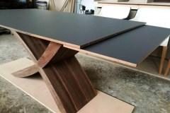 zeg étkezőasztal design  ebédlőasztal nyitható asztal ebédlőasztal fenix karcálló fa asztal