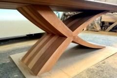 ZEG asztal, hazai dió, 300 + 60 cm bővíthető