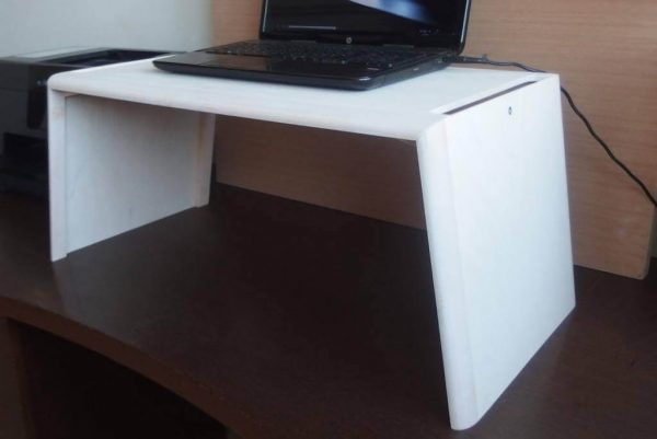 Emelhető asztal PC/Laptop, fehér nyírfa (normál méret)