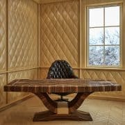 Hazai dió intarziás, lakkozott íróasztal - a 3D falpanelt is gyártjuk, festett és furnéros felülettel !