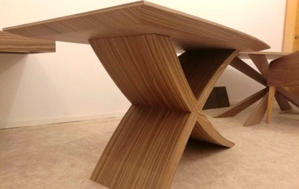Zeg nyitható étkezőasztal bővíthető ebédlőasztal tárgyalóasztal design1