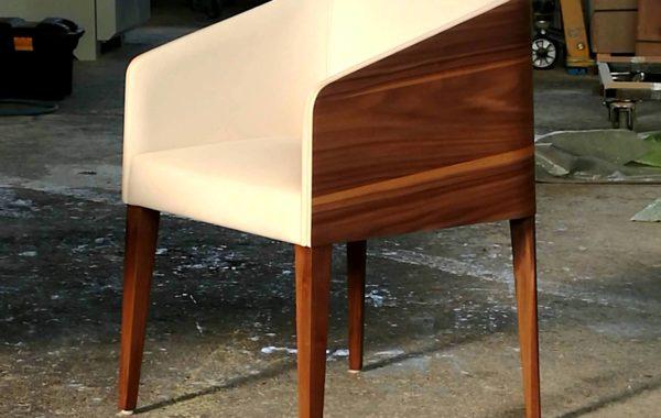 cubus minimál szék, design szék, étkezőszék, ebédlőszék, fa szék, magas karfás szék 35