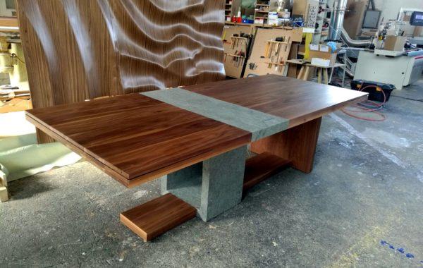 Egyedi asztalt szeretne ?