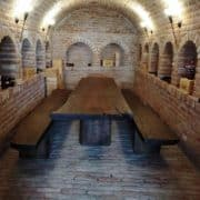 rusztikus-asztal-tömörfa-asztal-öreg-fa-asztal-pad-natur-fa-asztal-uszadékfa-gerenda-asztal-4.jpg