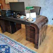 motorosan emelhető íróasztal egészséges iroda